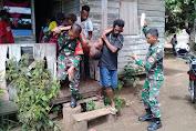 Jadi Korban Penusukan, Siprianus Bennojai Ditolong Personel Satgas Yonif MR 411 Kostrad