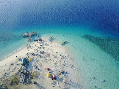 Berwisata ke Buol - Pulau Busak