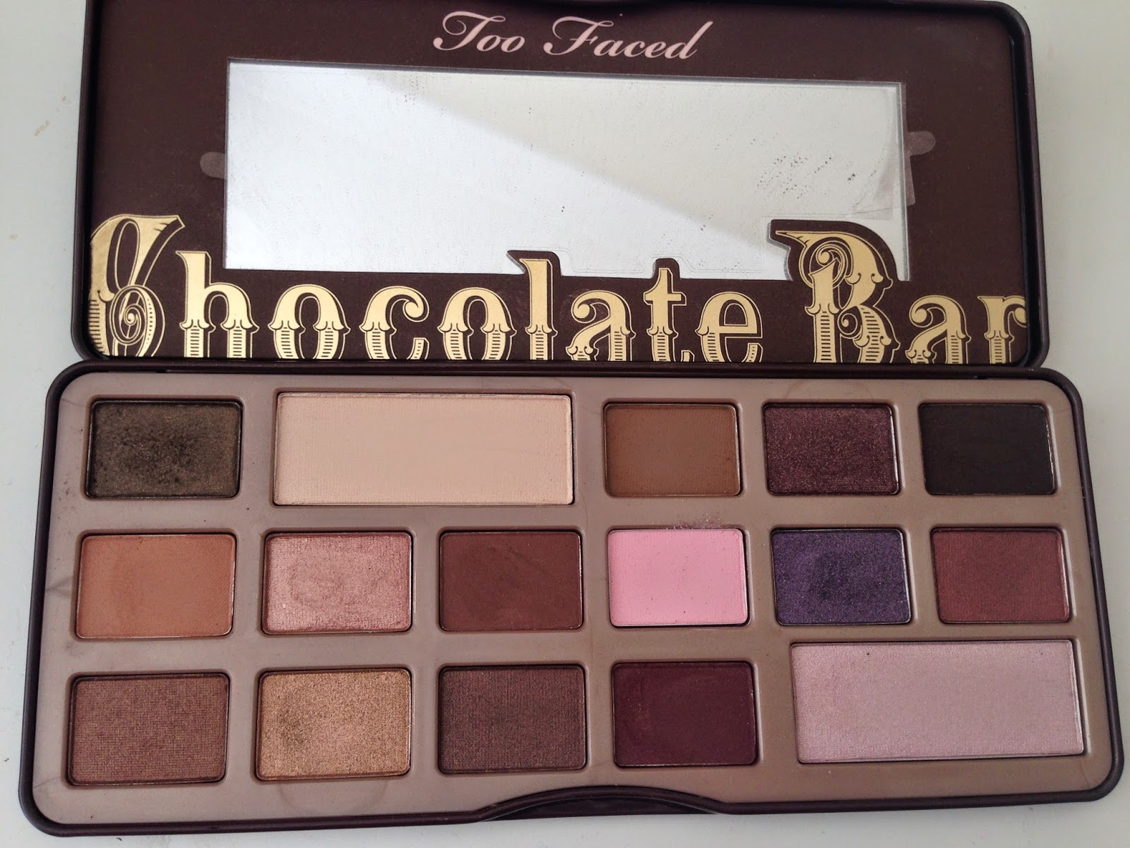 Too Faced Chocolate Bar eyeshadow palette review - Swatch