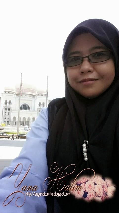 Memparidahkan tudung bawal ke Putrajaya