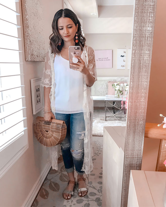 Summer 2018 Cute Summer Blogger Outfit Lace Kimono Distressed Jeans Cult Gaia Dupe Bag