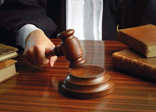 تارودانت:إتهام مراسل صحفي ورئيس جماعة بالرشوة يجر فاعلين جمعويين إلى القضاء.