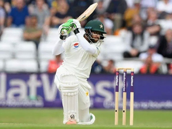 Abu Dhabi test; Pakistan scored 59 runs for 2 wickets at the end of the game
