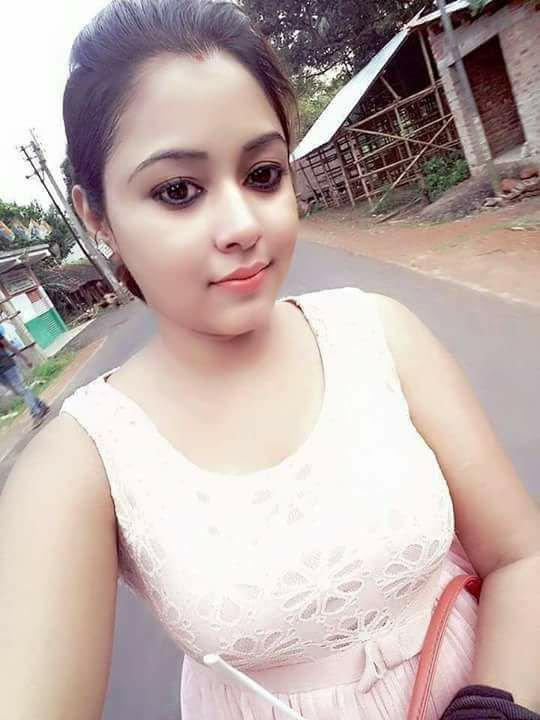 Indian Girl Hot Selfie