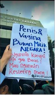 Penis dan vagina bukan milik negara - pustakapengetahuan.com