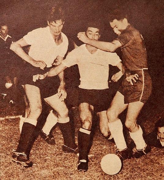 Uruguay y Chile en Campeonato Sudamericano de 1956