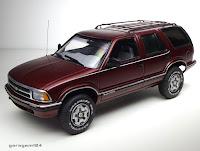 Chevy Blazer 1995 amt/ertl 1/25 plastic model kit