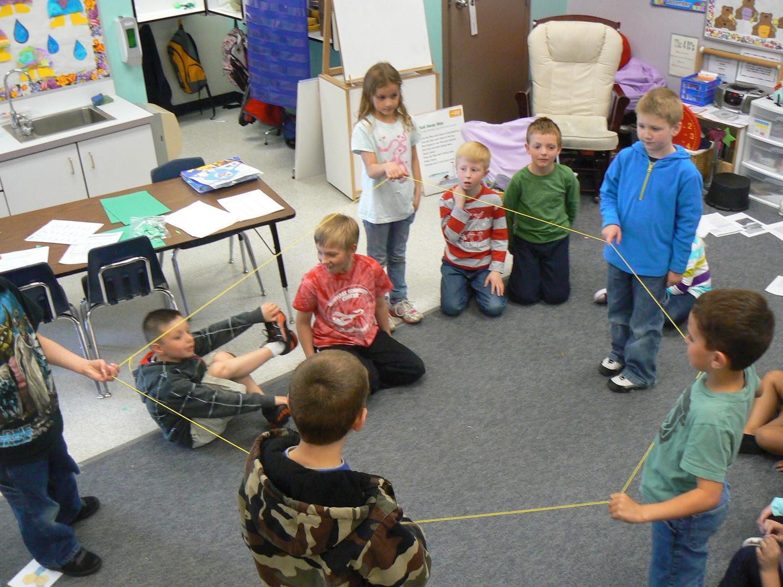Mrs T S First Grade Class Yarn Shapes