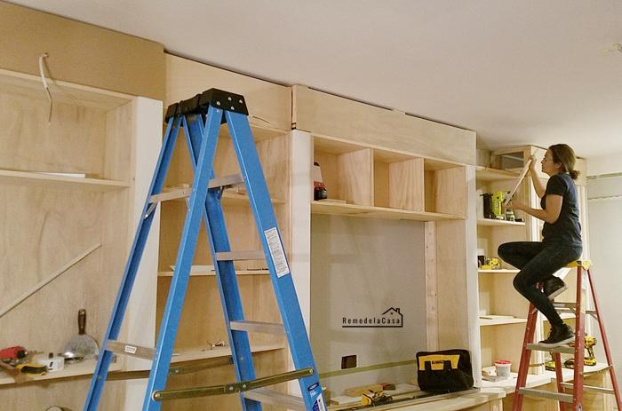 Closing top part of shelves