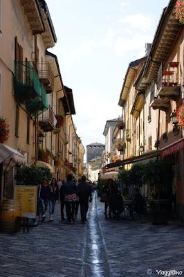 Una delle vie centrali di Aosta