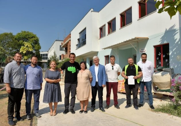 Innovations in Tirana: kindergartens and preschool near companies with over 100 employees