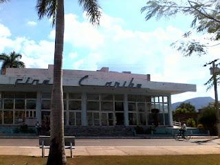 Le Ciné Caribe à Cuba, Angola, Benguela