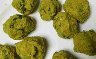 Round shape hara bhara kabab mixture ball