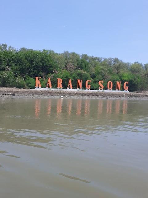 Wisata Pantai Karangsong : Harga Tiket, Fasilitas Umum, Jam Buka, Lokasi, Review