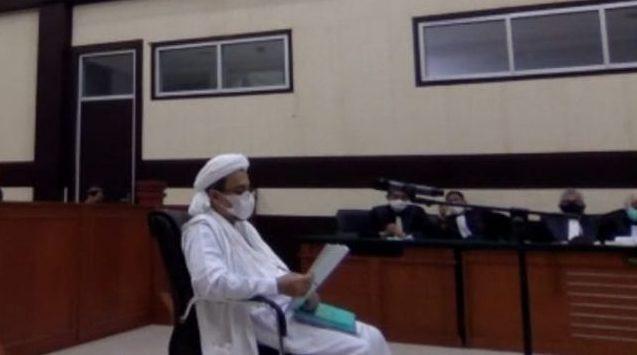 Habib Rizieq Mentahkan 10 Tuduhan JPU Di Sidang Perdana