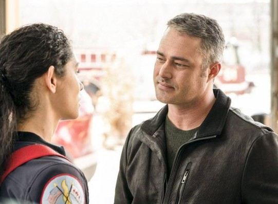 "NUP 186467 0066 595 Spoiler%2BTV%2BTransparent - Chicago Fire (S07E21) ""The White Whale"" Episode Preview"