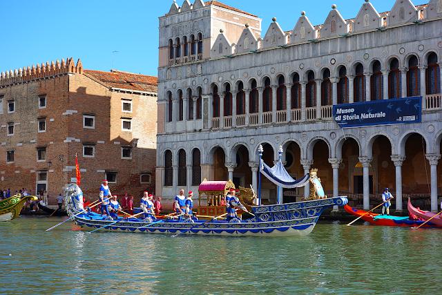 Česká stopa na letošní historická regata v Benátkách, bissona praga, jan nepomucký, regata storica