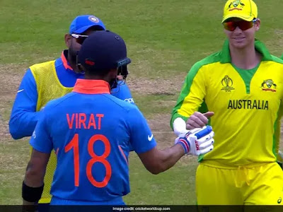 virat kohli wins hearts by defending steve smith from jeering indian fans