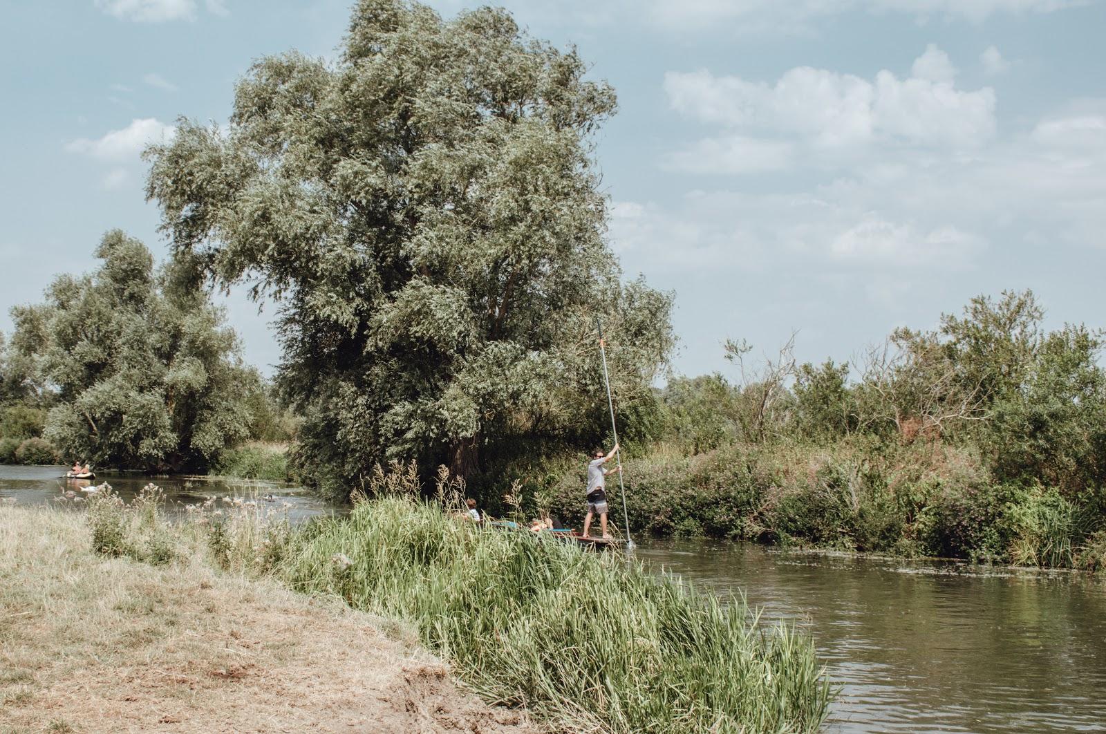 SWIMMING AT GRANTCHESTER MEADOWS - CAMBRIDGE - Claire Durrant Blogger