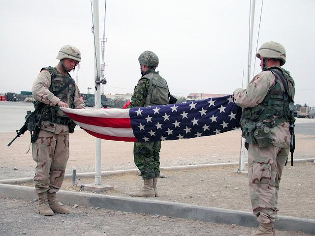 Some 100 Americans Still Waiting to Leave Afghanistan.lelemuku.com.jpg