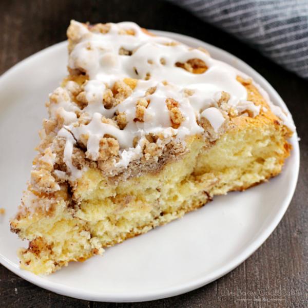 Cinnamon Roll Crumb Cake square pic
