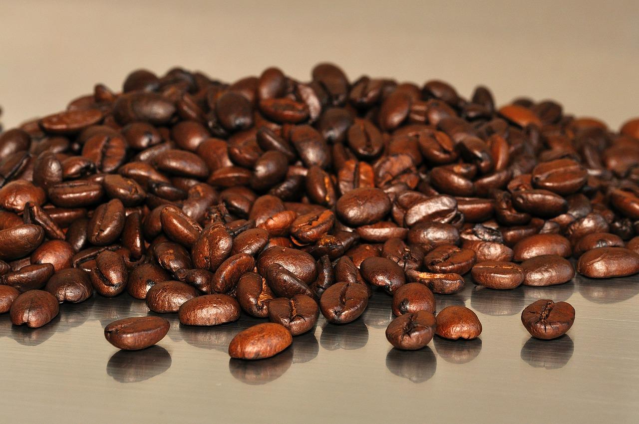 مشروب القهوة السوداء لحرق الدهون