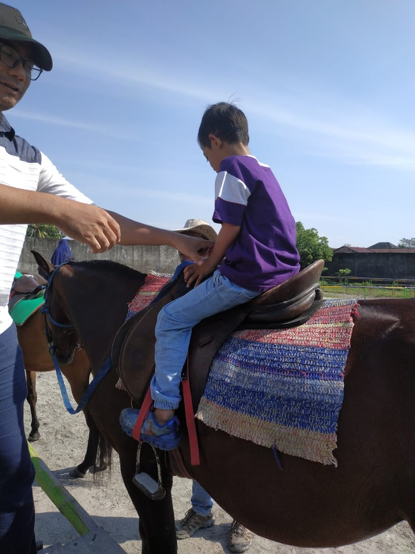 Memanah dan Berkuda