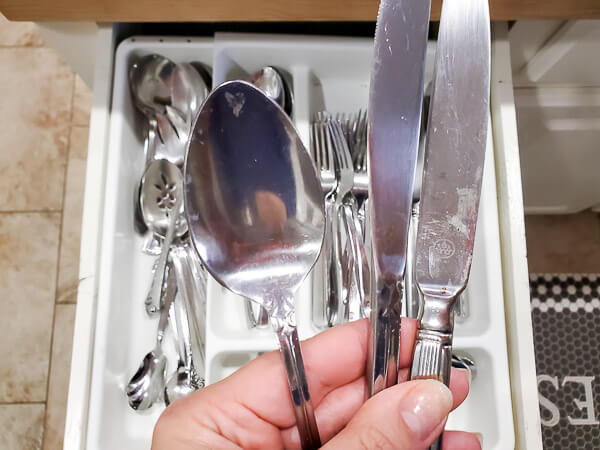 dirty utensils