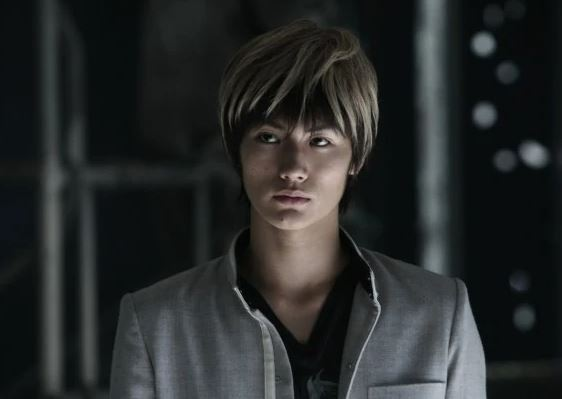 haruma miura sebagai tatsuya bitou dalam film crow zero II