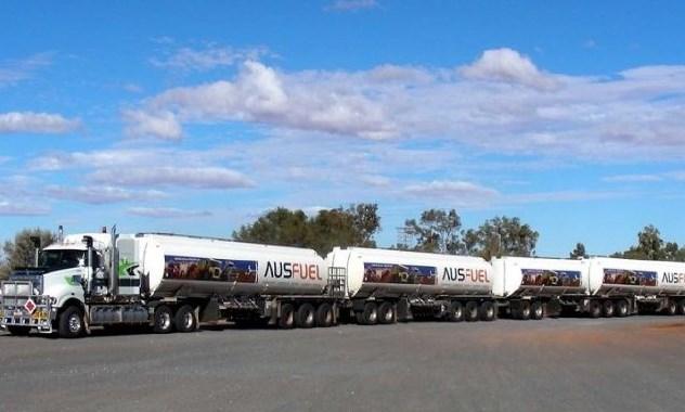 contoh truk gandeng besar terpanjang di dunia