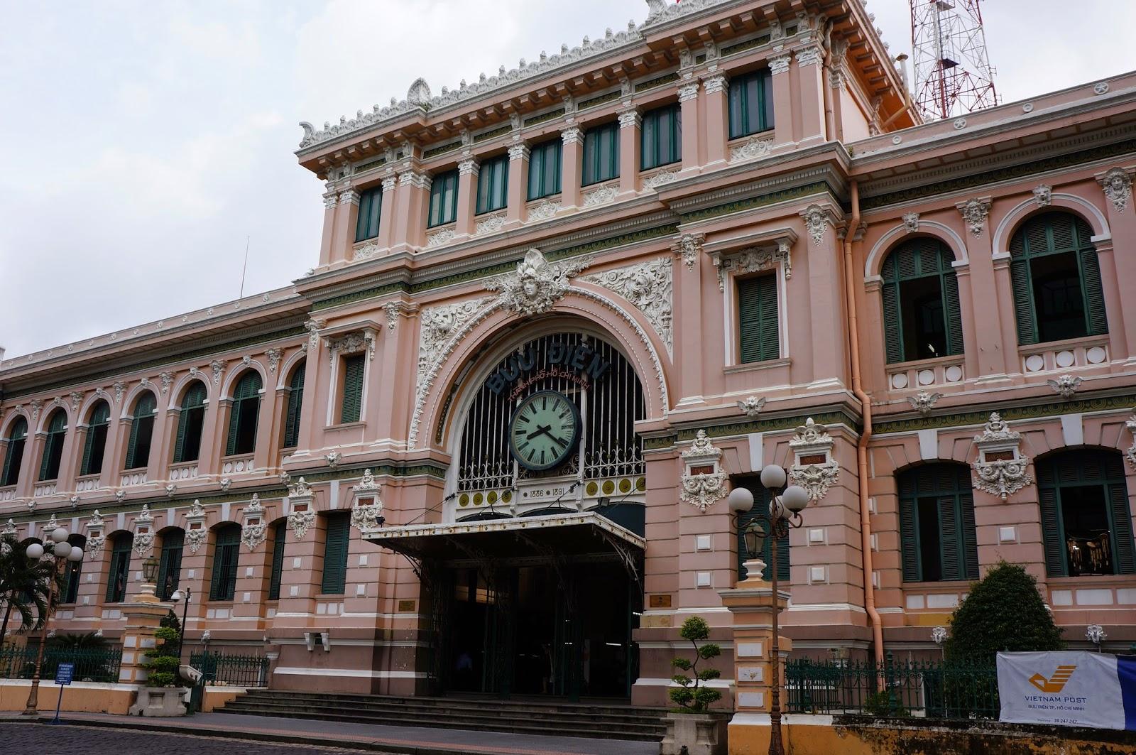 Saigon Central Post Office exterior