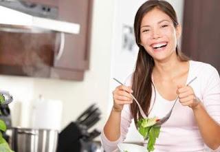 Inilah 15 Makanan yang Seharusnya Dikonsumsi Supaya Badan Masih Tambah energi Waktu Haid, Yuk Lakukan