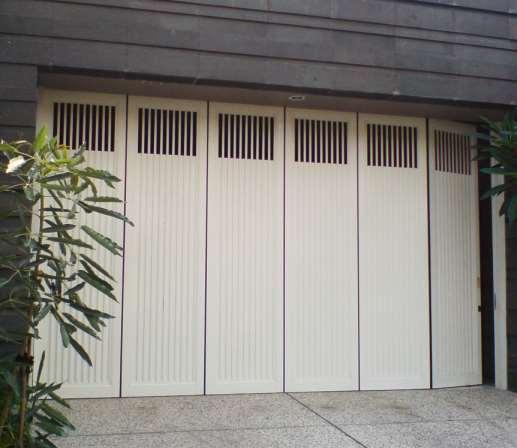 spesialis pintu lipat besi Jakarta Pusat