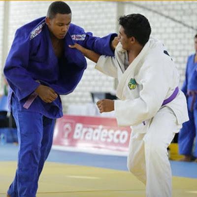 Atletas da Escolinha Mauro Sakai participam de seletiva nacional de judô