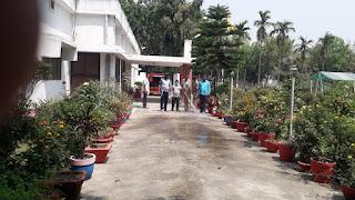 मधेपुरा : कोरोना वायरस से बचाव के लिए शहर के विभिन्न वार्डों मे किया गया सैनिटाइजर का छिड़काव।