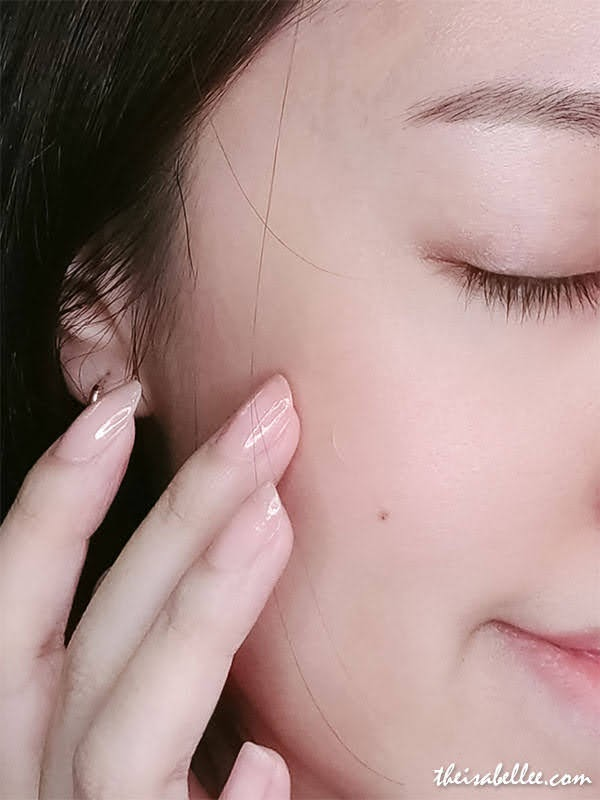 Threebs COSRX Acne Pimple Master ADF Hydrocolloid Dressing on face