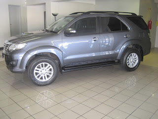 GumTree OLX Used cars for sale in Cape Town Cars & Bakkies in Cape Town - 2013 Toyota Fortuner 3.0 Diesel 4x4 AUTOMATIC