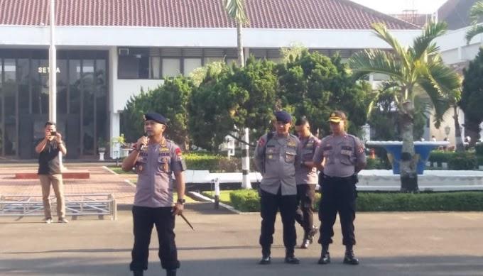 Amankan Aksi Unjuk Rasa Buruh, Dansat Brimob : Laksanakan Pengamanan Sesuai SOP