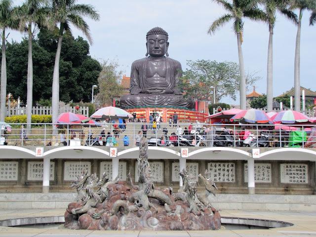 baguashan buddha temple tiachung taiwan