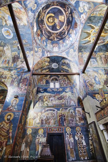 Iglesia Santa Madre de Dios Peribleptos (interior), Ohrid - Macedonia por El Guisante Verde Project