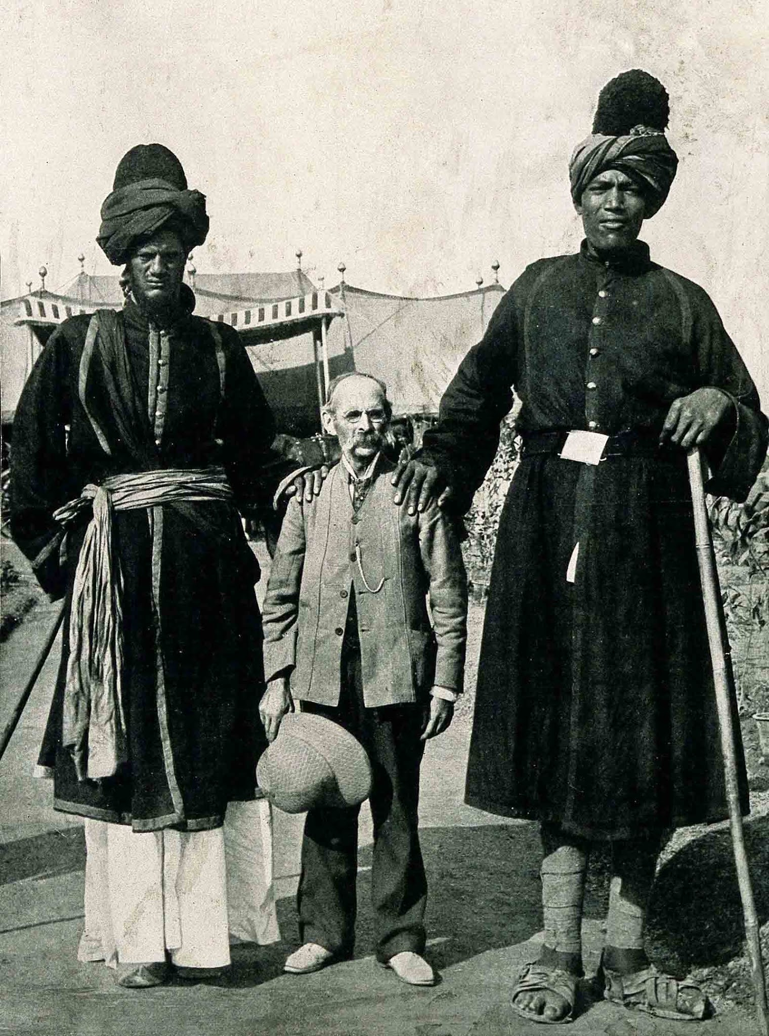 kashmir giants, two giants of kashmir