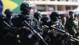 Brasil não deve banalizar uso das Forças Armadas, diz ministro da Defesa
