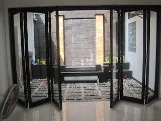 harga pintu kaca lipat frameless