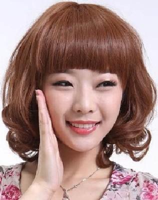 model rambut segi pendek wajah bulat