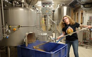 Linda Haug brewing at Amager Bryghus