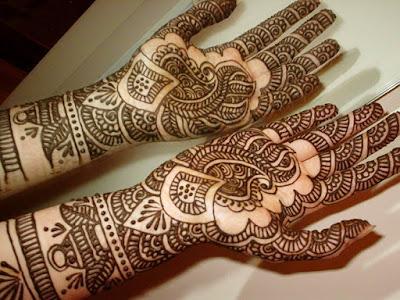 Latest-&-stunning-punjabi-mehendi-designs-2017-for-girls-14