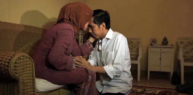 Jokowi Berduka, ProDEM Ajak Masyarakat Tahan Kritik Pemerintah Selama 3 Hari