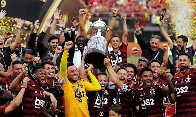 Flamengo voltea el partido y es nuevo campeón