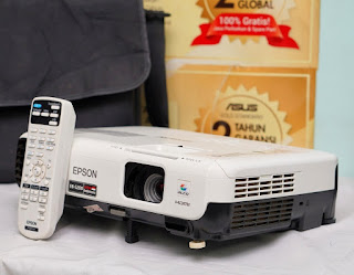 Jual Proyektor Bekas Epson EB-S200