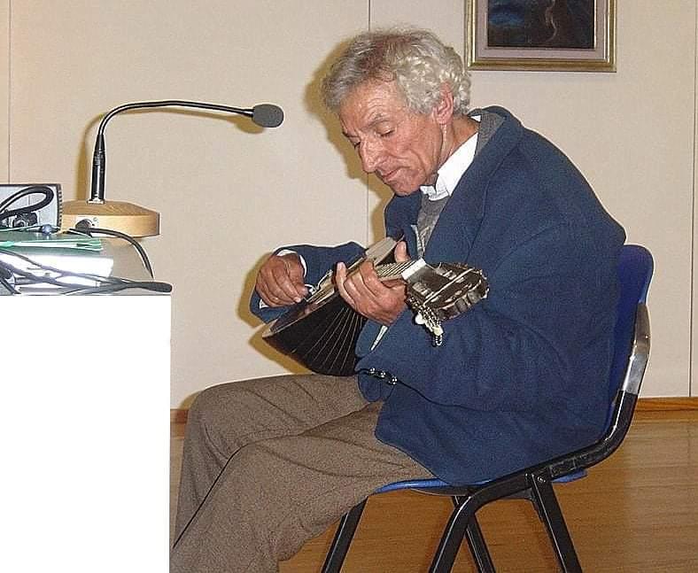 Θλίψη στην Ξάνθη - Έφυγε ο τραγουδιστής των Πομάκων